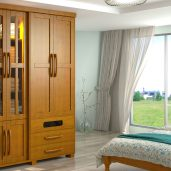 A Finestra é está entre as principais fábricas de móveis em madeira maciça